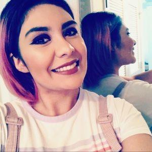 Meet your Posher, Karla